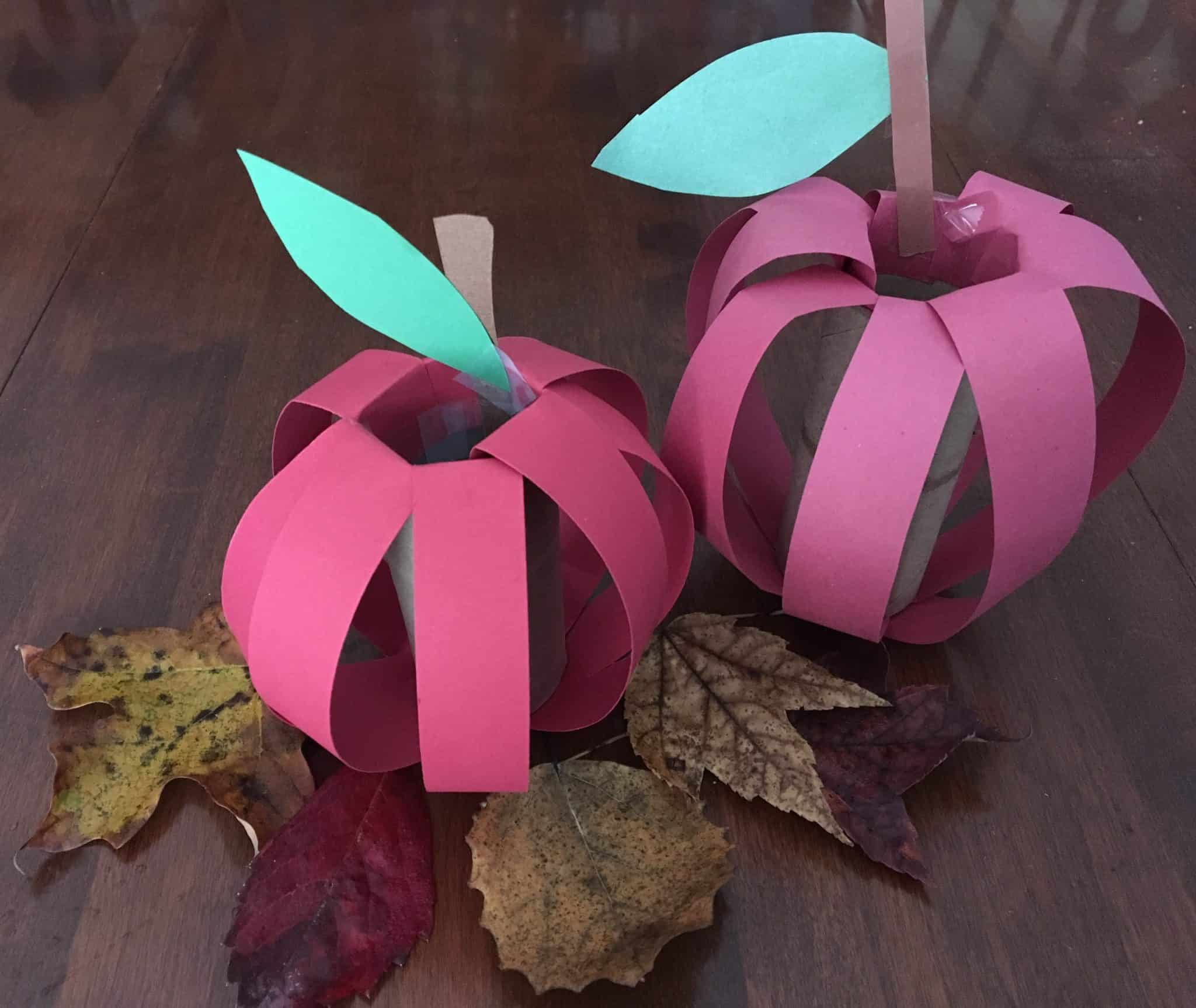FALL APPLE CRAFT USING A TOILET PAPER ROLL - ALSO SUITABLE ...